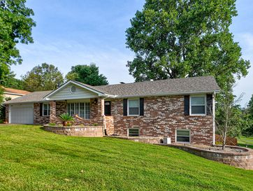 2523 West Blossom Drive Springfield, MO 65810 - Image 1