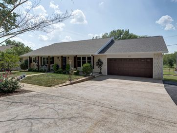 172 Potential Drive Hollister, MO 65672 - Image 1