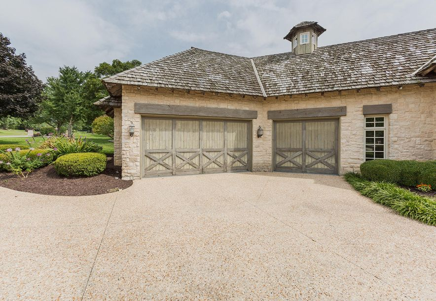 5336 South Stonehaven Drive Springfield, MO 65809 - Photo 8
