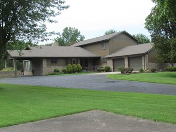 613 West Washington Terrace Marshfield, MO 65706 - Image 1