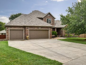 2406 South Driftwood Court Springfield, MO 65807 - Image 1