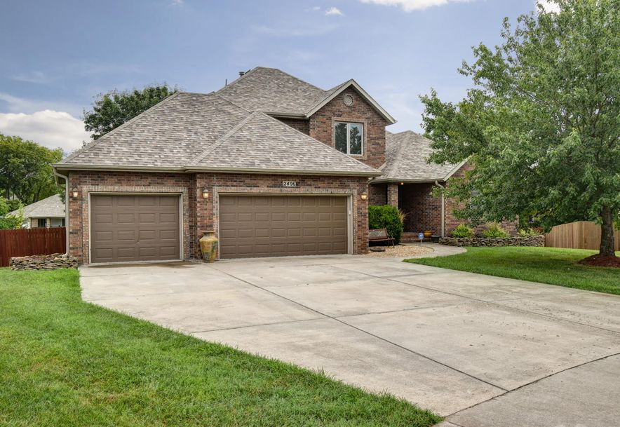 2406 South Driftwood Court Springfield, MO 65807 - Photo 1