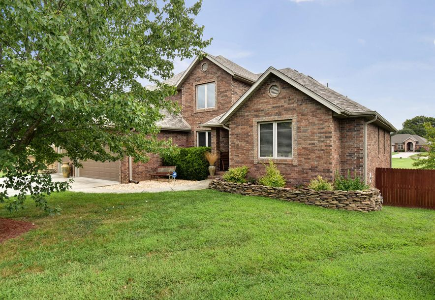 2406 South Driftwood Court Springfield, MO 65807 - Photo 3
