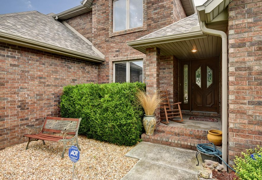 2406 South Driftwood Court Springfield, MO 65807 - Photo 4