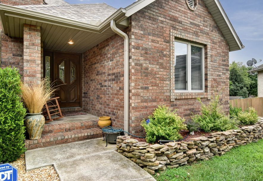 2406 South Driftwood Court Springfield, MO 65807 - Photo 5