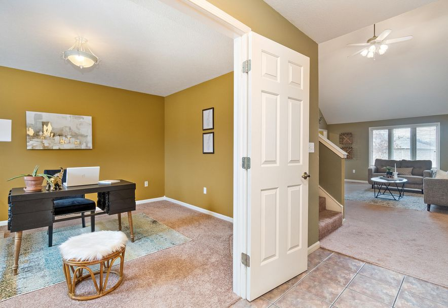 2406 South Driftwood Court Springfield, MO 65807 - Photo 6