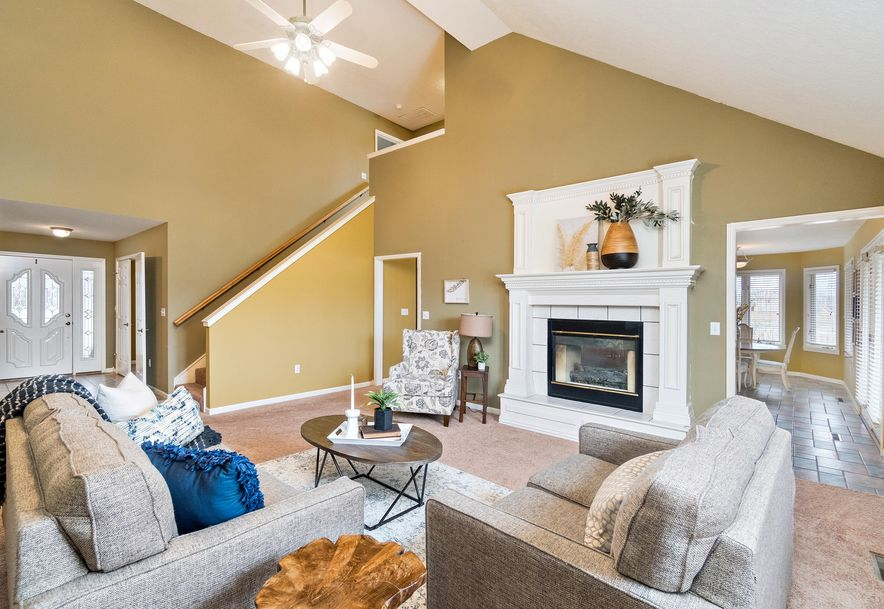 2406 South Driftwood Court Springfield, MO 65807 - Photo 9