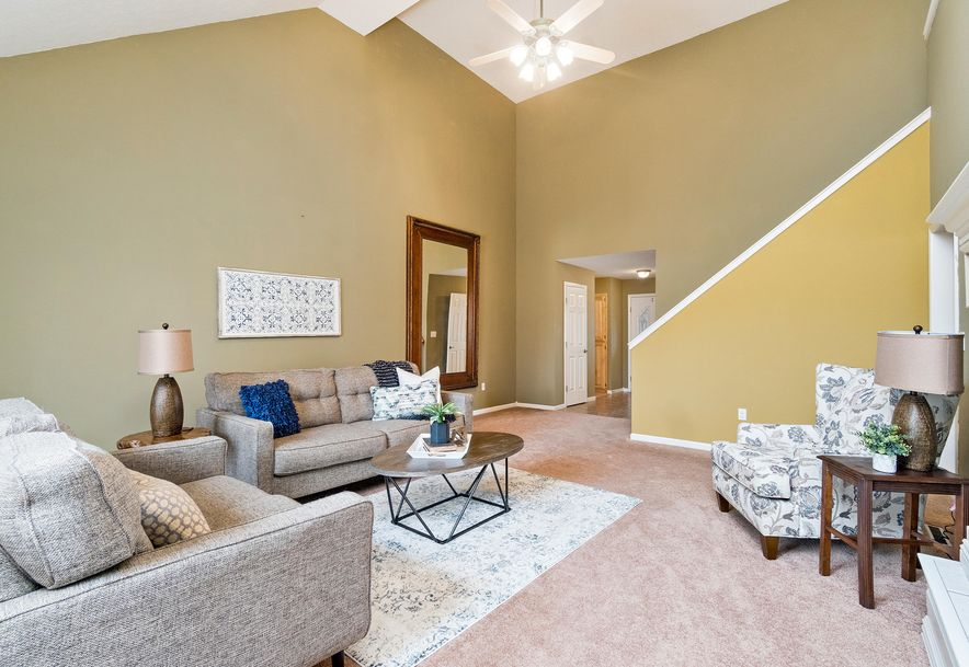 2406 South Driftwood Court Springfield, MO 65807 - Photo 10