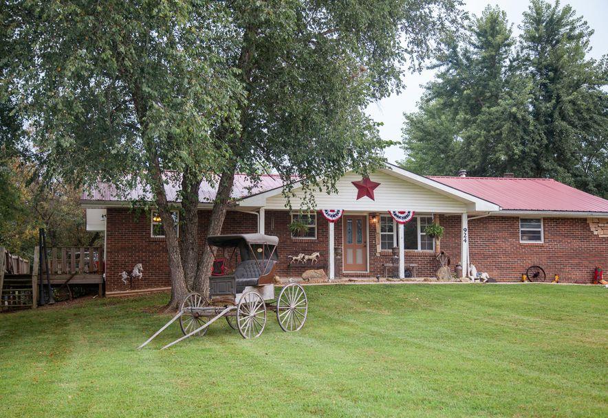 924 Plank School Road Marshfield, MO 65706 - Photo 1