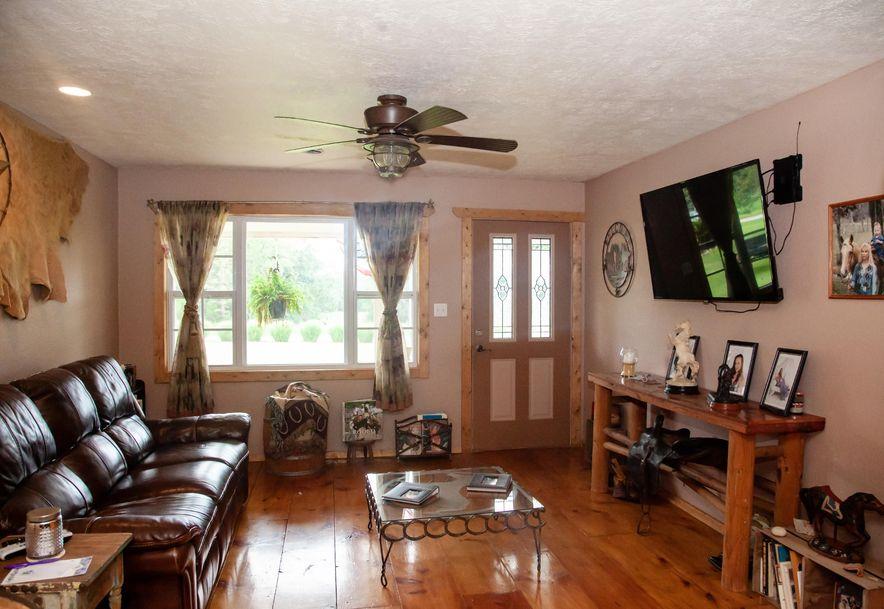 924 Plank School Road Marshfield, MO 65706 - Photo 2