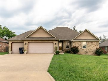 116 Deer Run Willard, MO 65781 - Image 1
