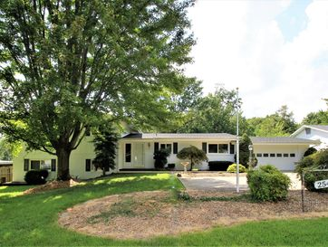 2541 South Luster Avenue Springfield, MO 65804 - Image 1
