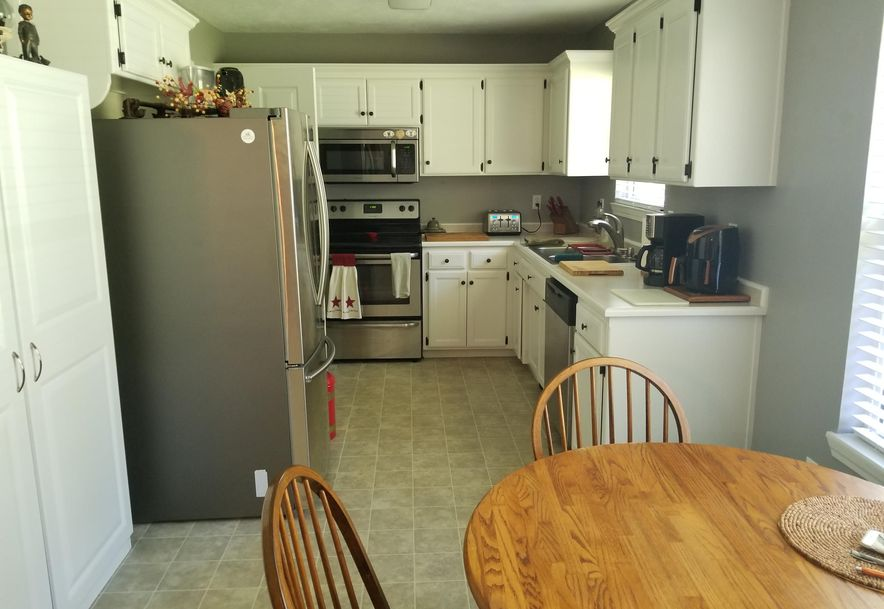 202 Thelma Avenue Rogersville, MO 65742 - Photo 4