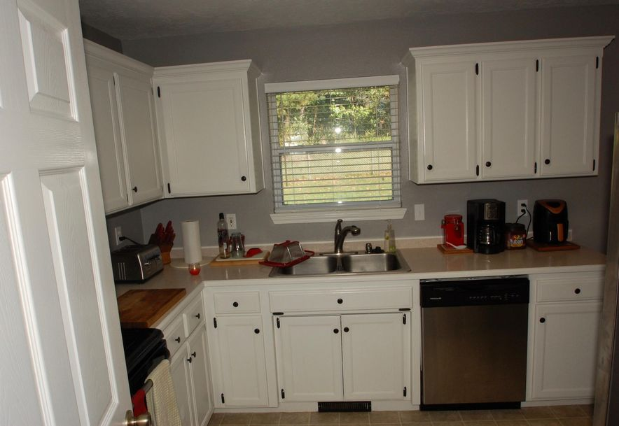 202 Thelma Avenue Rogersville, MO 65742 - Photo 5