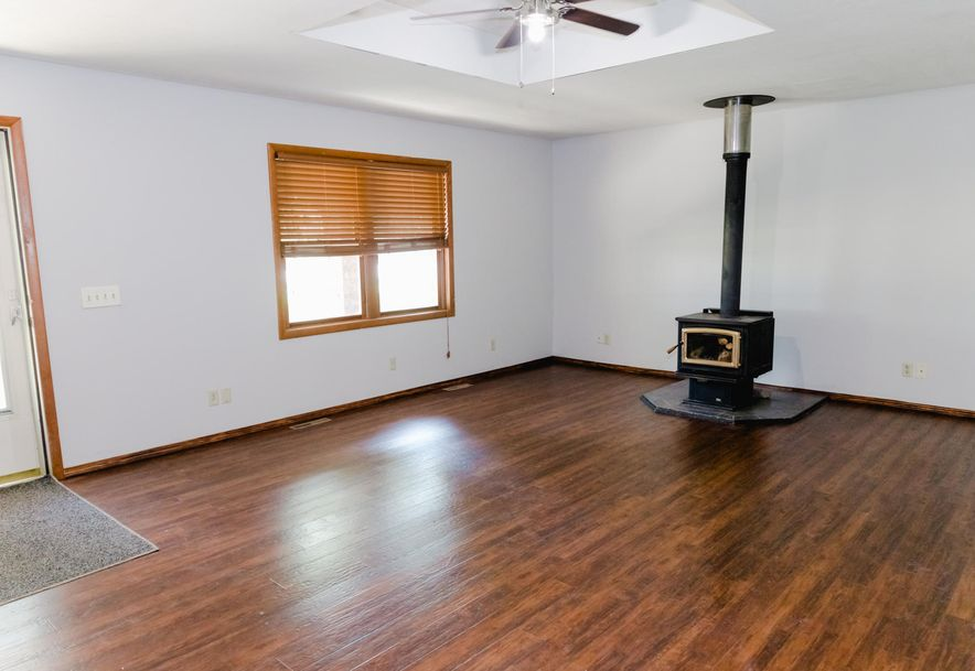 301 East Grant Street Clever, MO 65631 - Photo 4