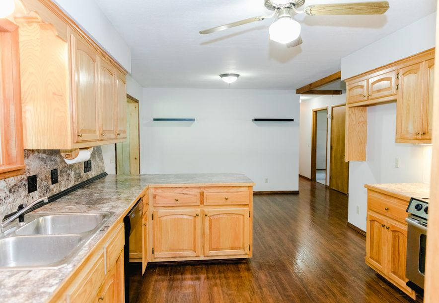 301 East Grant Street Clever, MO 65631 - Photo 10
