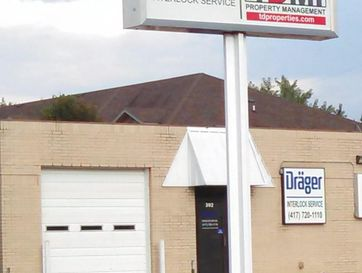 302 West Erie Street Springfield, MO 65807 - Image