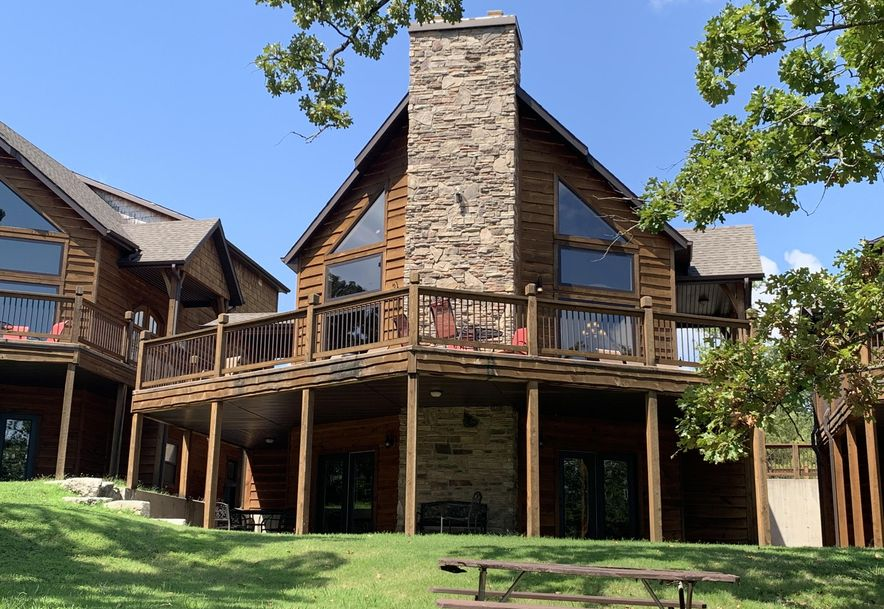 1318 Stormy Point Road Branson, MO 65616 - Photo 1