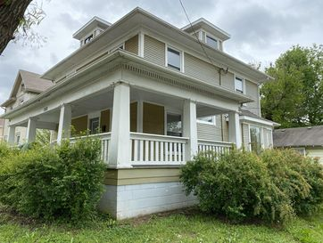 1058 West Walnut Street Springfield, MO 65806 - Image