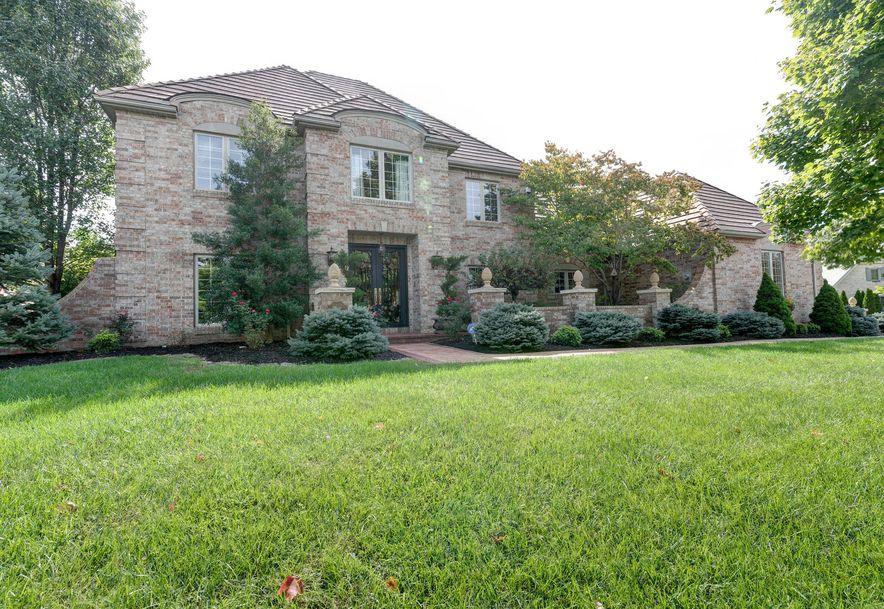3752 East Eaglescliffe Drive Springfield, MO 65809 - Photo 1