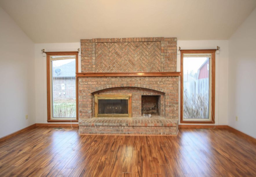 3351 West Driftwood Court Springfield, MO 65807 - Photo 6