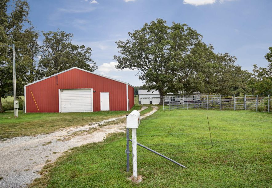 19618 Farm Road 2015 Aurora, MO 65605 - Photo 2