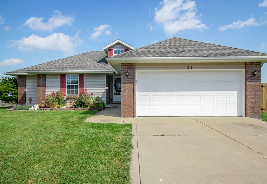 211 East Chrysler Avenue Clever, MO 65631 - Photo 2
