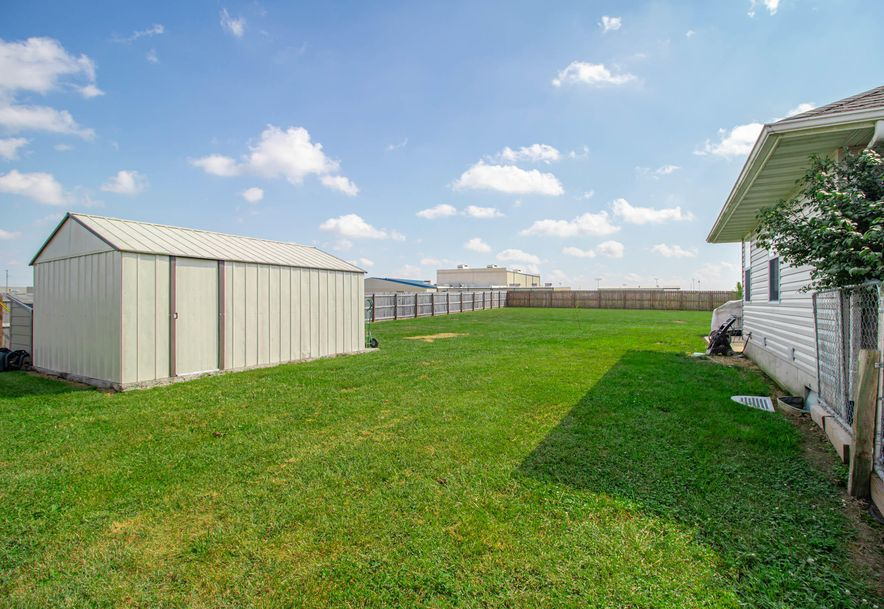 211 East Chrysler Avenue Clever, MO 65631 - Photo 21