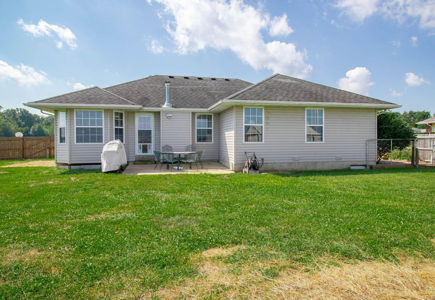 211 East Chrysler Avenue Clever, MO 65631 - Photo 23