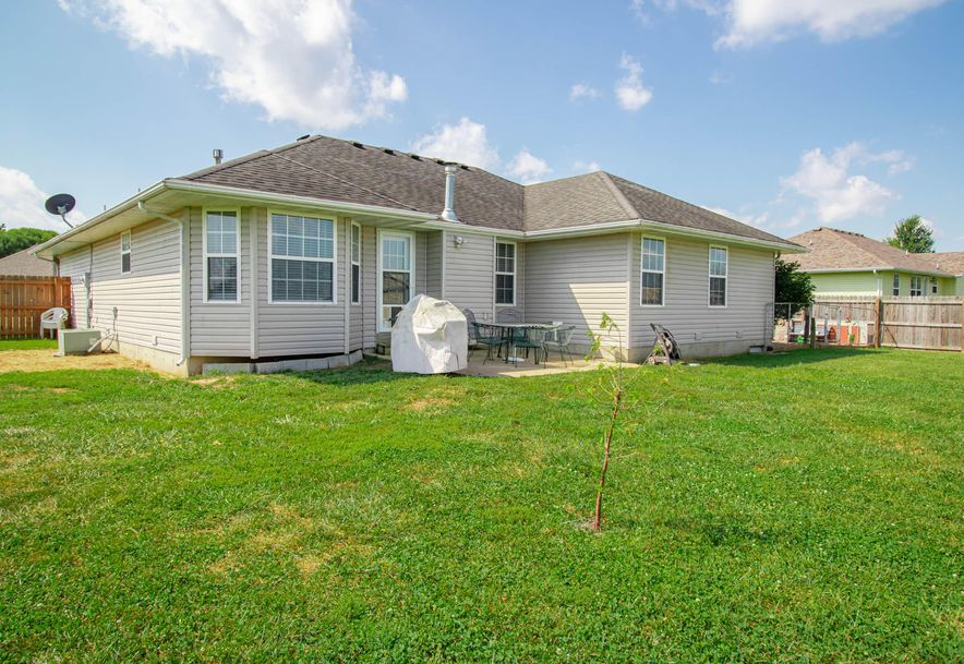 211 East Chrysler Avenue Clever, MO 65631 - Photo 26