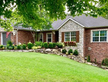 Photo of 253 Country Bluff Drive