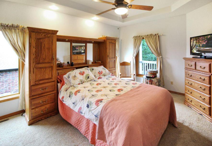 218 Forest Oak Drive Hollister, MO 65672 - Photo 9