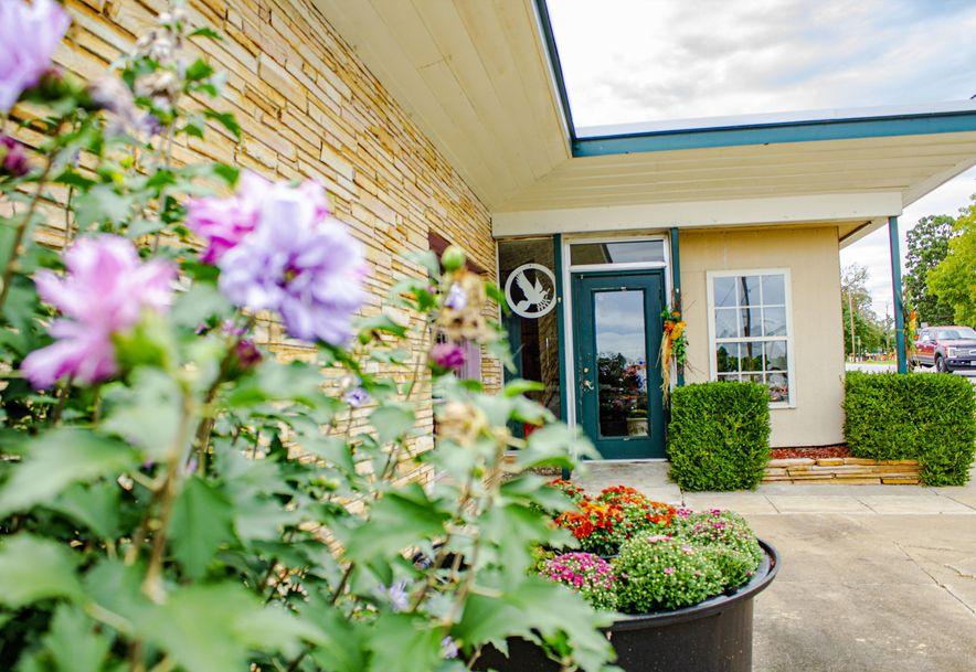 428 East Church Street Aurora, MO 65605 - Photo 5