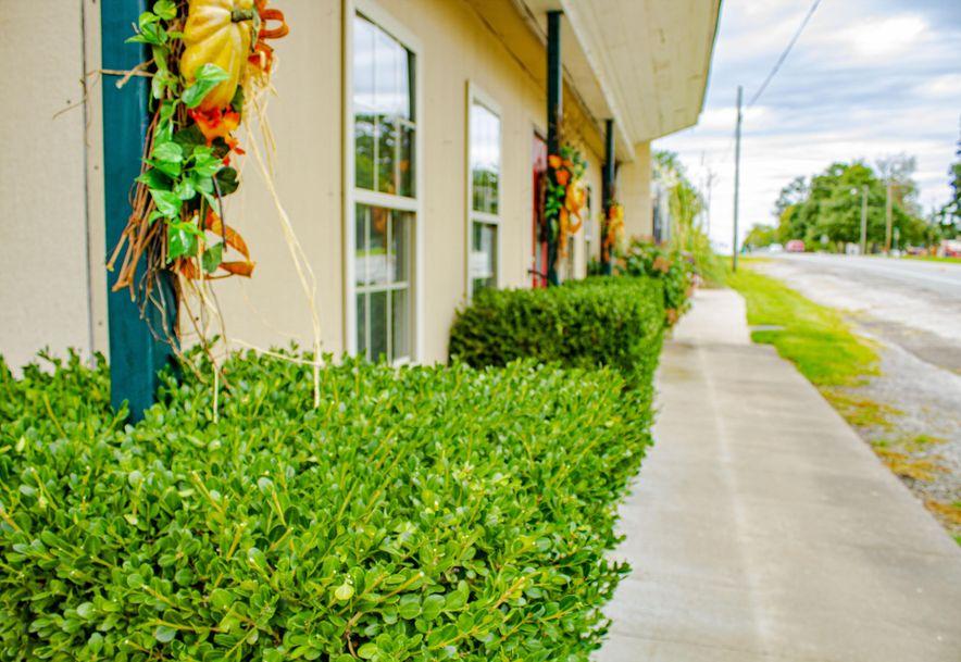 428 East Church Street Aurora, MO 65605 - Photo 8