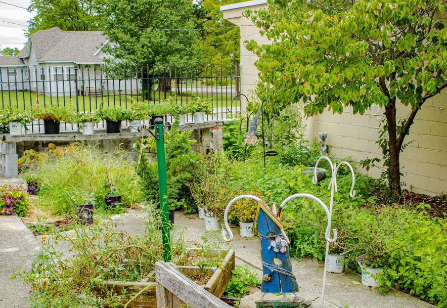 428 East Church Street Aurora, MO 65605 - Photo 73