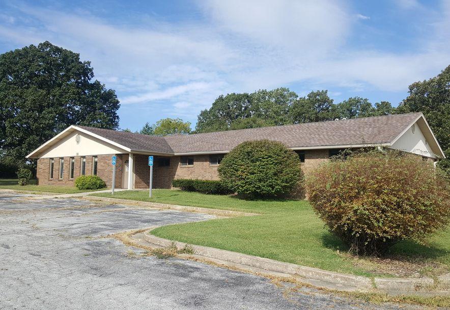 941 East Hubble Drive Marshfield, MO 65706 - Photo 2