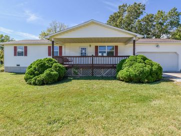 731 East Center Avenue Seymour, MO 65746 - Image 1
