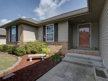318 South Red Avenue Springfield, MO 65802 - Image 1