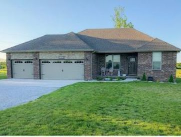 5703 West Veterans Boulevard Clever, MO 65631 - Image 1