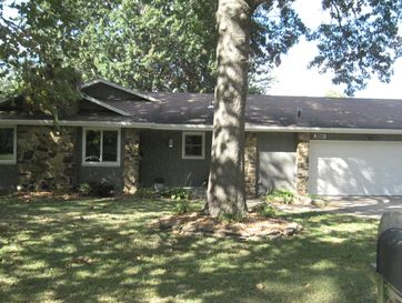 3001 West Countryside Drive Springfield, MO 65807 - Image 1