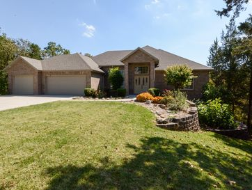 1009 Silvercrest Place Reeds Spring, MO 65737 - Image 1