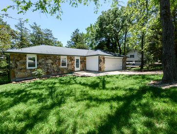 364 Greenbrier Drive Hollister, MO 65672 - Image 1