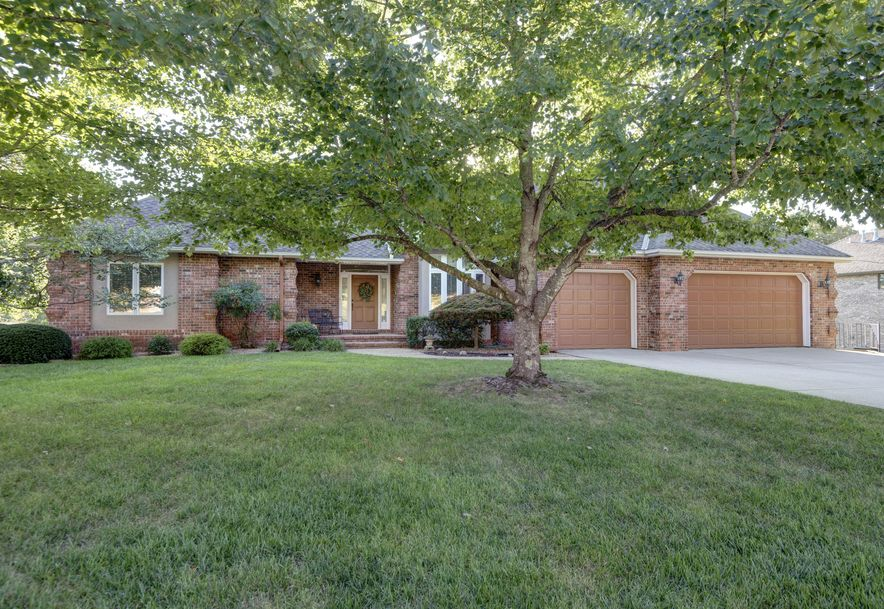 1940 South Brittany Place Springfield, MO 65809 - Photo 1