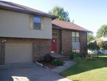 829 Rosemary Avenue Aurora, MO 65605 - Image 1