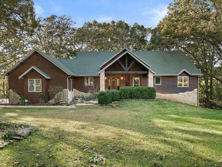 Photo of 993 South Oak Ridge Road