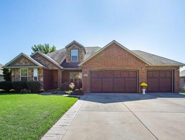 4496 East Summerfield Drive Springfield, MO 65802 - Image 1