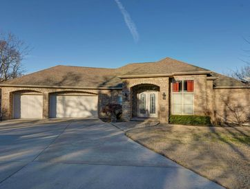 180 Woodhaven Circle Hollister, MO 65672 - Image 1