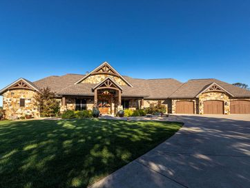 827 Legacy Farm Road Saddlebrooke, MO 65630 - Image 1