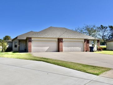 1916 South Bryson Circle Springfield, MO 65807 - Image 1