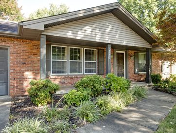 2117 East Montclair Street Springfield, MO 65804 - Image 1
